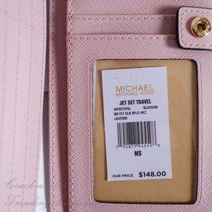 Michael Kors Bags - NWT Michael Kors Jet Set Travel Slim Bifold Wallet